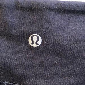 lululemon athletica Pants - Lululemon black crop legging sz 10 59981